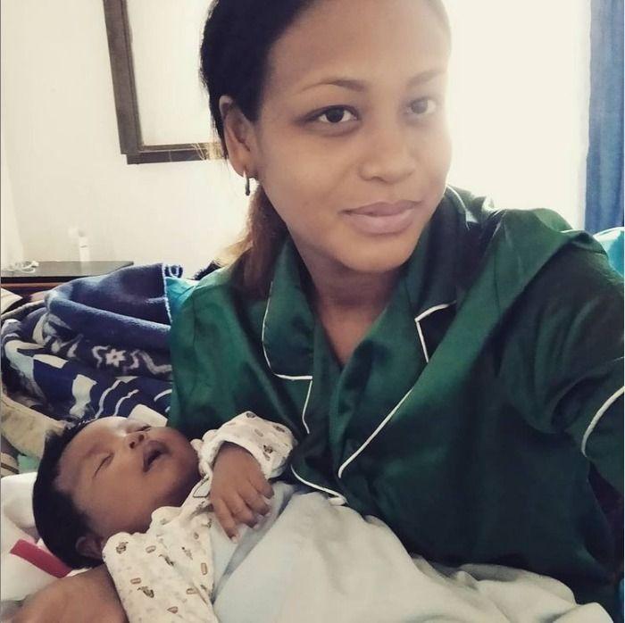 La Gérante de la Parapharmacie d'Antananarivo, sous les projecteurs du public !